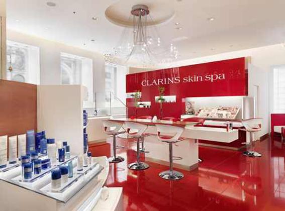 Kosmetik und make up schule sch fer kosmetik blog for Clarins salon